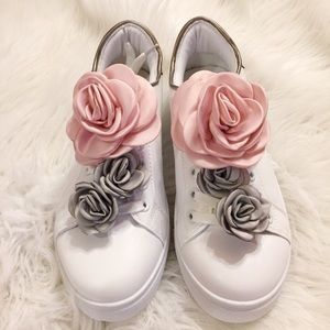 Shoes - Women's pink & gray floral sneakers